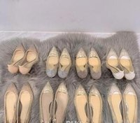hohe Qualität die neue Art und Weise reizvolle Frauen-Pumpen-Blick-Zehe-Kristall Wölbungs-Bügel-Partei-Hochzeit Schuhe Golden Air Mesh-See-through Knöchelriemen