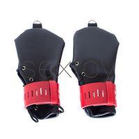 黒赤の調整可能な紐付けロック不能の指のない手袋BDSMの拳ボンデージの手の拘束ギアセックスポジショニングキット