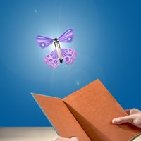 Novità Magic Butterfly Flying Card Giocattolo con mani vuote Solar Butterfly Wedding Puntelli magici Trucchi magici