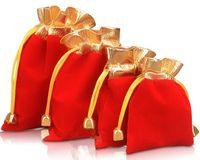 7 * 9 سنتيمتر 9 * 12 سنتيمتر 4 الحجم المخملية مطرز الرباط الحقائب 100 قطعة / الوحدة تغليف المجوهرات عيد الميلاد هدية حقائب الزفاف أسود أحمر epacket مجانية