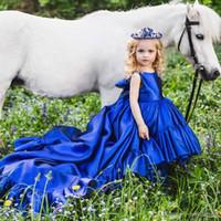 Ballkleid Königsblau Kleine Blumenmädchen Festzug Kleider Mit Langen Zug 2019 Neue Baby Mädchen Ersten Geburtstag Prinzessin Kommunion Kleider