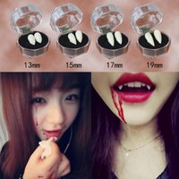 4 estilos Horrific Fun Clown Fangs Vampire Dientes Fiesta de Halloween Dentaduras Props Zombie Devil Fangs Diente con goma dental Envío gratis