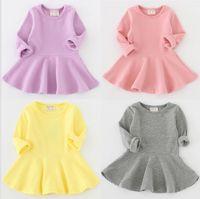 赤ちゃんガールシンプルな長袖ドレス春秋の子供ブティック服0-4t子供綿ソリッドカラーAラインフリルドレス特別オファー