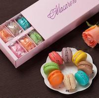 Renkli Macaron Kutusu Tutar 12 Kavite 20 * 11 * 5 cm Gıda Ambalaj Hediyeler Kağıt Parti Kutuları Ekmek Cupcake Aperatif Şeker Bisküvi Çörek Kutusu LX72