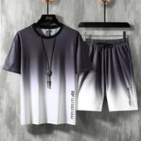 Neue Sommer Trainingsanzug Herren Kleidung Set Gradient Farbe Kurzarm T-shirt + Shorts Männlich Zwei Stücke Sets Männliche Sportbekleidung Anzüge