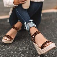 Hot Sale-Wenyujh été ultra haut talon Wedges Mode toes Plate-forme Elevator Femmes Sandales Chaussures Taille Plus Pompes 2019 Y190704