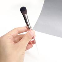 TRISH MCEVOY Brush 45 Sheer Application Eye / Cheek Brush-A++ Козий волос по всей тени подробная щетка для щек для порошков