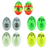 2.6 '' de silicona pipas Tuberías Cuchara portátiles con un tazón de vidrio de mano fumar pipas hechas colorido expresiones faciales de hierbas de guijarros