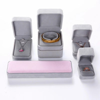 Collar de las pulseras del envío 5pcs de grises joyería Caso de exhibición de Puntales caja de terciopelo de regalo cajas de embalaje de visualización