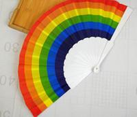 Arco-íris Hand Held Folding Fan Silk Fan Folding Mão do arco-íris design de estilo Vintage parou Para o feriado do aniversário graduação
