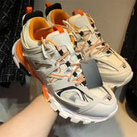 Freizeitschuhe Schmutzige Dad Schuhe Triple S Track-Trainer 2019 neue Art und Weise Clunky Männer und Frauen Designer Schwarz Orange Damen Gehen Paris-Schuh