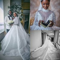 2020 abito di sfera di cristallo musulmano africano abiti da cerimonia nuziale in rilievo maniche lunghe con collo alto merletto Appliqued Abiti da sposa