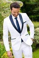 새로운 고전적인 디자인 화이트 신랑 Tuxedos Groomsmen 최고의 남자 정장 망 결혼식 정장 신랑 비즈니스 정장 (자켓 + 바지)