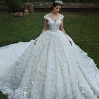 2020 Потрясающие 3D Цветы Длинные линии Свадебные платья Элегантный белый с плеча V-образным вырезом Свадебные платья Супер Часовня Поезд платья невесты