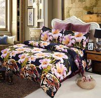 Groothandel Gratis verzending Gedrukt Beddengoed Set Beddengoed Tiger en Lily Flower Queen Size Dekbed