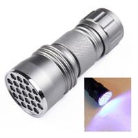 Violet 395nm 21LED 21 LED UV Lampe de poche ultraviolette ultraviolette Lampe de poche ultraviolette pour lumière noire invisible (couleur noir / argent) 648