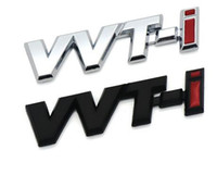 Logotipo de VVT-i VVTi de metal Tira de cromo plateado Etiqueta de guardabarros del coche Emblema lateral Insignia para TOYOTA Camry COROLLA YARiS Ralink REIZ CROWN