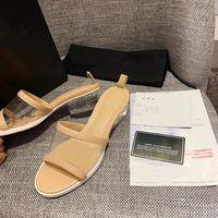 Hot Sale-Drop Shipping VERMELHO AZUL PRETO Marca designer de sapatos Chinelos mulas PVC Lambskin Mulheres Low Heel Moda