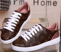 New Hot Brand Classic designer Donna Fashion Top in pelle Low Top Sneakers sportive Scarpe piatte taglia 35-40 con scatola L03