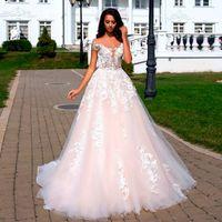 Романтические розовые розовые A-Line свадебные платья с плеча Ретро кружева Многоуровневое свадебное платье для сада Sweep Tran Robe De Mariee
