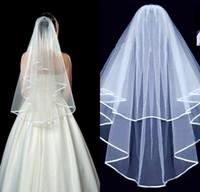 Fengyudress 화이트 아이보리 두 레이어 리본 가장자리 짧은 얇은 얇은 명주 웨딩 베일 빗 여자 웨딩 액세서리