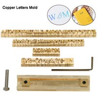 Logotipo de calidad alta de encargo de cobre amarillo del alfabeto regalo Prensa Carta Sello Craving Herramienta de Branding Iron Personalidad madera de cuero estampado en caliente