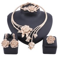 Novas Mulheres Dubai Ouro Declaração De Cor De Cristal De Cristal Acessórios De Casamento Colar Brinco Anel Bangle Jewelry Set