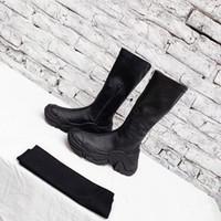 Heißer Verkauf- Mode Luxusdesigner Frauen Booties italienische Marke über den Knie-Stiefel Schwarz Wildleder schnüren sich oben schenkelhohe Stiefel Pa yf190903