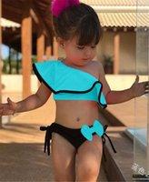Çocuklar Kızlar 2 Adet Mayo Floke Bikini Set 90-130 Boyat Iki Parçalı Mayo Kırpma Üst + Yay Şort Yüzmek Mayo Plaj Giyim Seti 2020 LY706