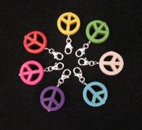 مختلطة كليب اللون رمز الحجر على السحر علامة السلام قلادة للأزياء أساور سلسلة المفاتيح مجوهرات النتائج زينة DIY هدية NEW 120 PCS