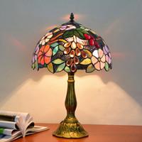 티파니 스테인드 글라스 테이블 램프 거실 침실 침실 머리맡 유리 전등 유럽 레트로 포도 데코 데스크 램프 무료 ShipingTF018