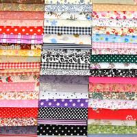 Retalhos de tecido de algodão fino aleatório para costurar scrapbooking de quarters gorduros tissue edredom padrão de bordado 10cm * 10cm 1000pcs