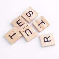 100шт / набор Деревянные алфавит Эрудит плитки черные буквы номера для Crafts Вуд Пазлы для детей RRA2226