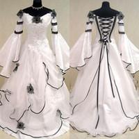 Renaissance Vintage Siyah Ve Beyaz Ortaçağ Gelinlik Vestido De Novia Celtic Gelinlikler Fit ve Flare Kollu Çiçekler
