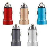 1A / 2.4A Metal Dual USB Billaddare Mini Mobiltelefon Snabb Laddningsenhet med Blue LED Light Adapter Tillbehör
