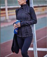 مكشوف Fashion- اليوغا زيبر الرياضة معطف القميص مع كم طويل تشغيل سترات للياقة البدنية الملابس جاف سريعة البلوز الشحن المجاني