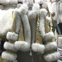 ретро Китайский стиль королевской атласной ткани вышивка цветок 2020 Новый дизайн женщин заплата искусственную шерсть лисицы короткое пальто бисероплетения casacos