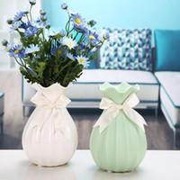 2019 Home Decor Vase en céramique Artisanat Arts chinois de bureau Décor Contracté Porcelaine Fleur Rose Bleu Blanc Vase cadeau créatif