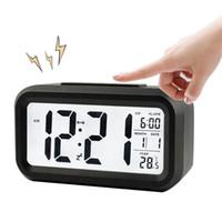 BRELONG Digital Month 온도 날짜는 스누즈 알람 시계 야간 라이트 화이트 블랙 레드 그린 블루를 표시합니다.