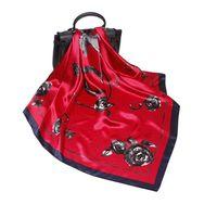 Summer New Satin Silk Sciarpe di seta da donna 90 cm grande sciarpa quadrato moda versatile sciarpe decorative