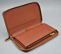 Neueste Großhandelsmann klassische Standard-Reisebrieftasche Mode Leder lange Geldbeutel moneybag Mäppchen Münzfach Scheinfach Mann Kupplung