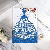 Invitaciones de corte por las láser Soporte OEM personalizado con las niñas en vestido de invitación de boda hueca doblada con sobres BW-HK111G