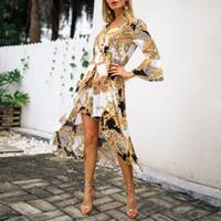 Cadena de la vendimia de impresión vestido de las mujeres del vestido de las señoras con cuello en v volantes manga botón asimetría diseñado pantalones cortos mamelucos mujeres beach mono