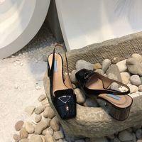 2020 أحدث الأحذية الراقية الأحذية الأزياء الكلاسيكية أحذية الزفاف المرأة سوداء حزب الأزياء شقة أعلى فاخر مصمم أحذية جلدية حقيقية ساندا