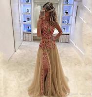 2020 Abendkleider Champagner-Kugel Abendkleid-Ausschnitt Bunte Blumen Ärmellos Schenkel Seitenschlitz Bodenlang Abendkleider P028