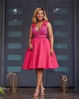 2019 Vestido de fiesta con cuello en V corto fucsia africano Elegante vestido de noche de cóctel de regreso a casa de niña negra Vestidos de novia largos de fiesta formal