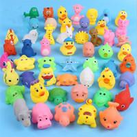 Çocuk Karikatür Hayvan Oyuncak Bebek Banyo Oynamak Su Oyun Küçük Sarı Ördek Hayvan Yoğurma Vokaliz Oyuncak Q1006