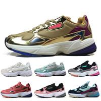 adidas falcon Mode de luxe Falcon chaussures de course pour les hommes des femmes or triple chaussures de sport en cuir formateurs bleu marine violet rose blanc noir de marque