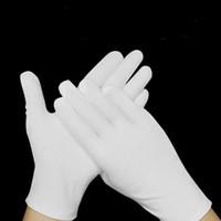 Guantes desechables de nitrilo de 9 pulgadas sin polvo de cáñamo Finger Guantes de nitrilo Guantes Salon universal para hogar para la mano izquierda y la derecha EEA1574