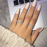 بسيط لطيف الإناث الكامل تشيكوسلوفاكيا الماس البنصر الدائري المجوهرات الفاخرة 925 فضة خاتم الخطوبة الملونة الزركون حلقات للمرأة هدية